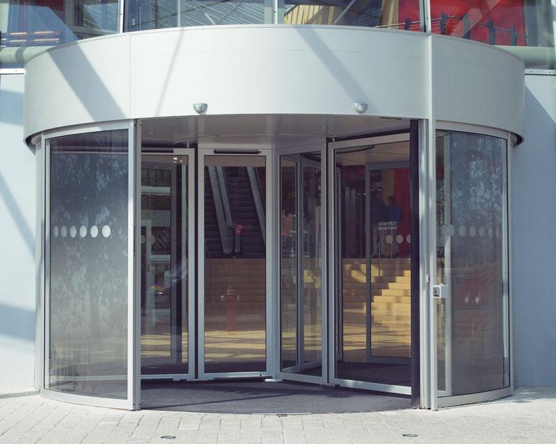 GGR large-capacity revolving door & GGR large-capacity revolving door - Revolving doors - Automatic ... pezcame.com